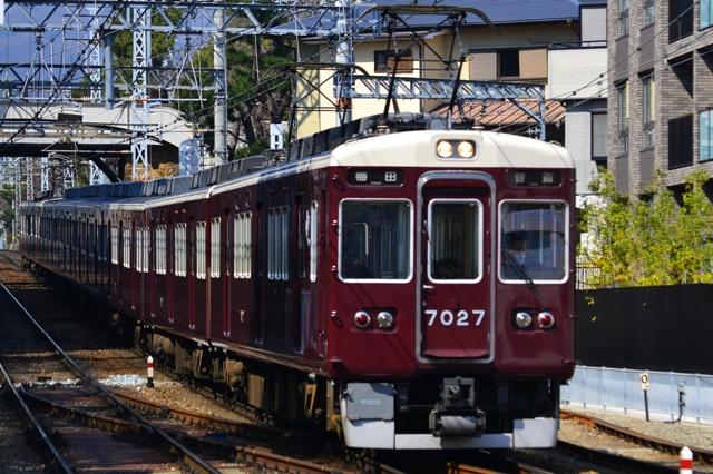 阪急7000系 7000系 7300系 8000系  阪急電鉄|鉄道写真図鑑